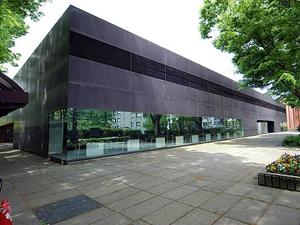 市立 図書館 金沢