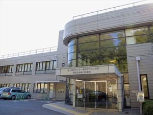 横浜市中央図書館は勉強に最適!自習室の利用時間 …